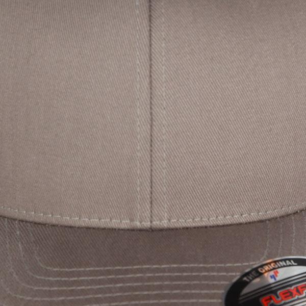 Бейсболка классическая Flexfit Yupoong 6277