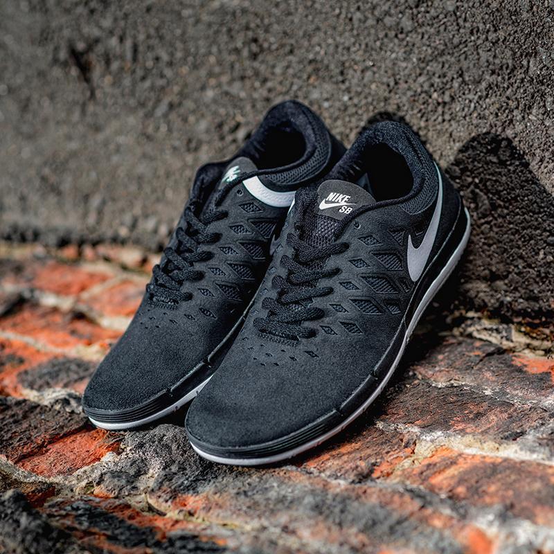 Кроссовки Nike Free Sb Black/White