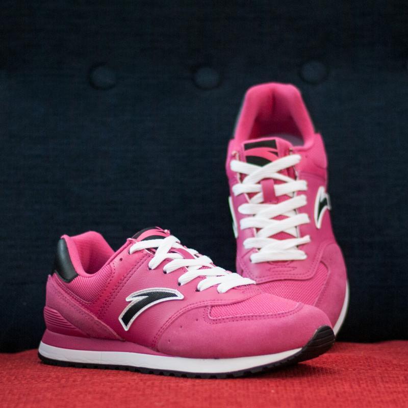 Кроссовки женские ANTA 82818880-1 Темно-Розовые